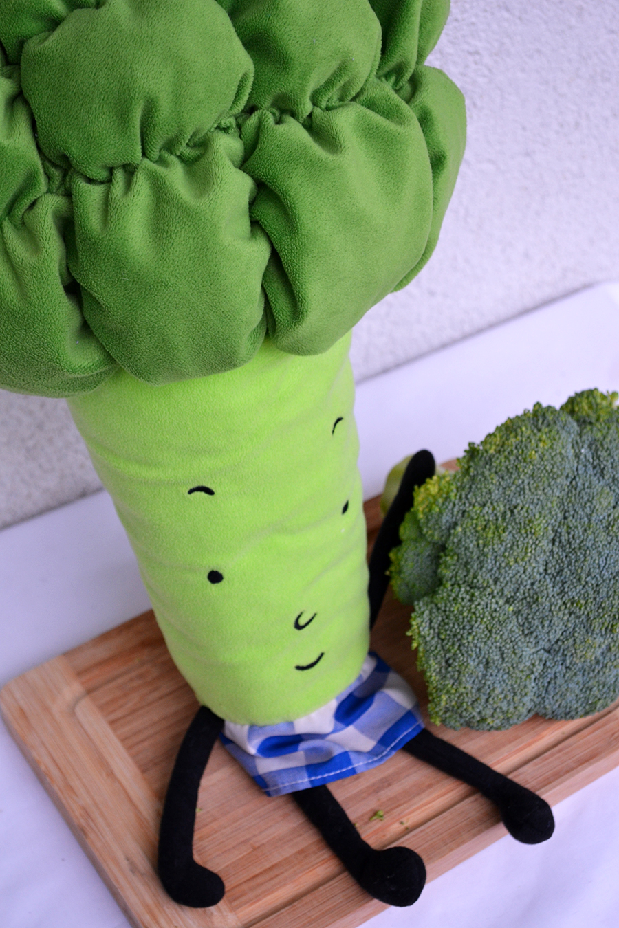 toy with broccoli